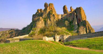 Българско 3D-студио създаде виртуаленo копие на Белоградчишките скали