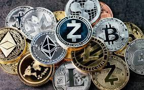 Финансисти съобщиха кога криптовалутата ще победи хартиените пари